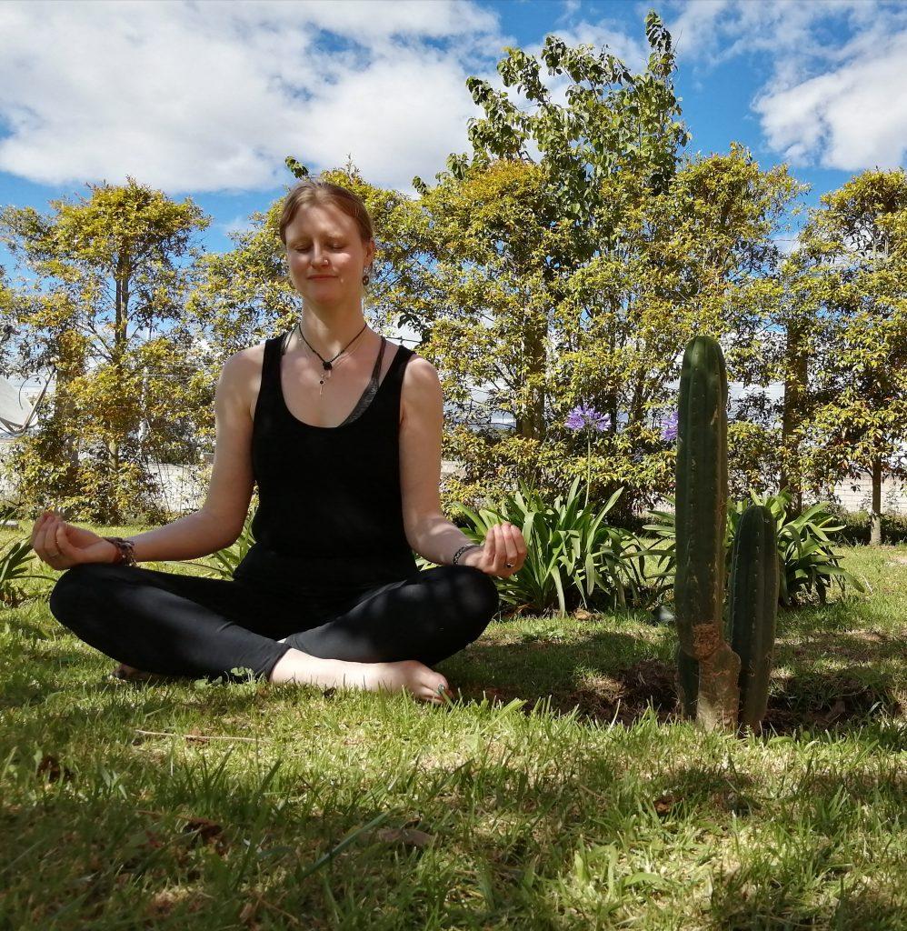 meditation yoga tantra relaxing recenter recentre calm zen Samantha Barber